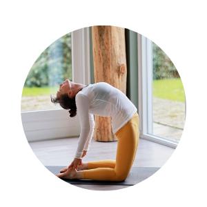 hatha yoga, balans, ontspannen, rust, hoofd leeg  maken